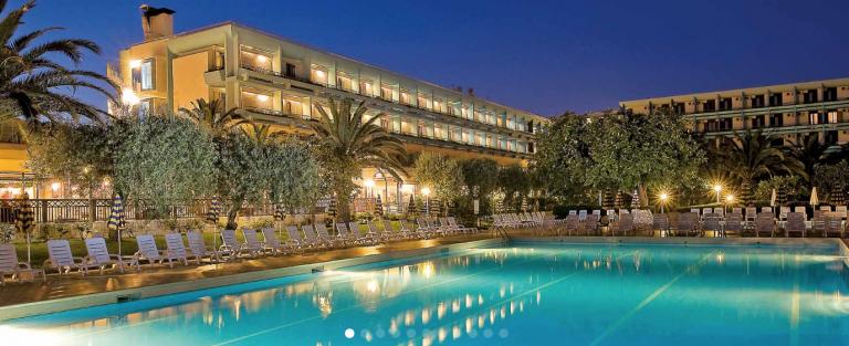 Ata-Naxos-hotel-2-768x313